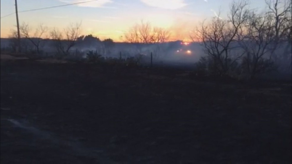 Firefighters working to put out two grassfires south of Abilene   KTXS